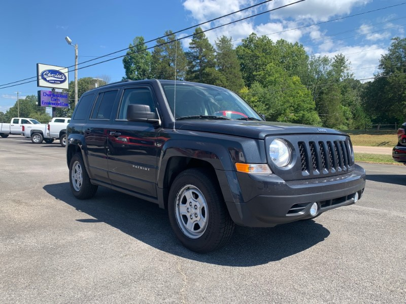 Jeep Patriot Sport SE FWD 2011