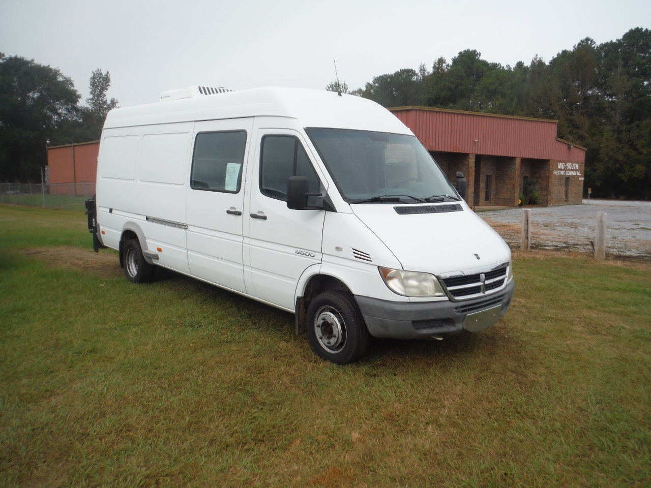 2005 Dodge Sprinter Van 3500 Super High Ceiling 158-in. WB