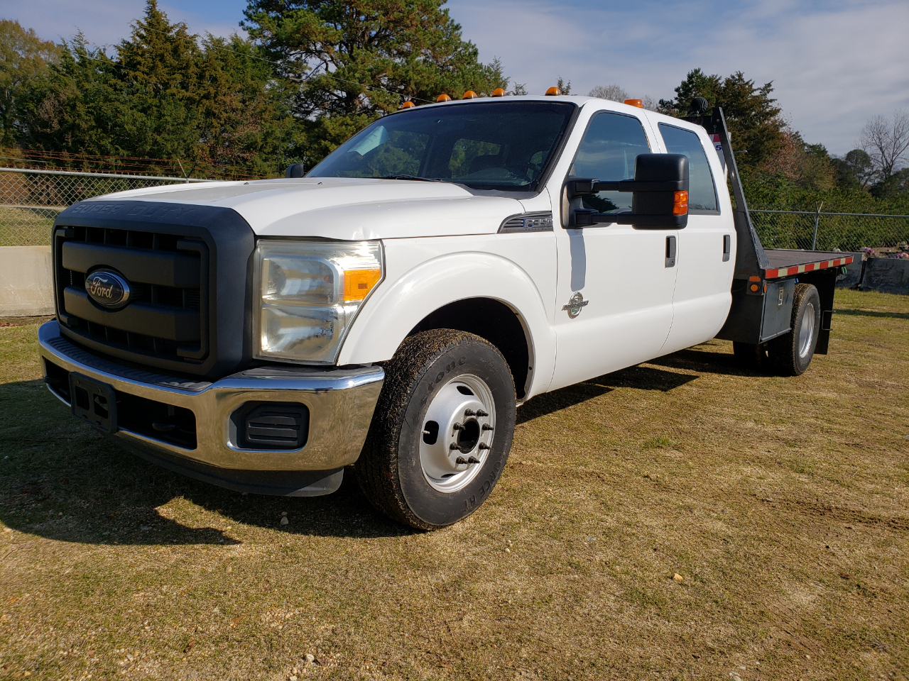 Ford F-350 SD XL Crew Cab Long Bed DRW 2WD 2013