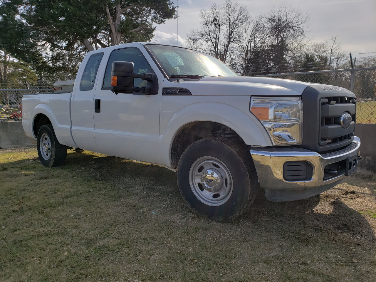 Ford F-250 SD XL SuperCab 2WD 2013
