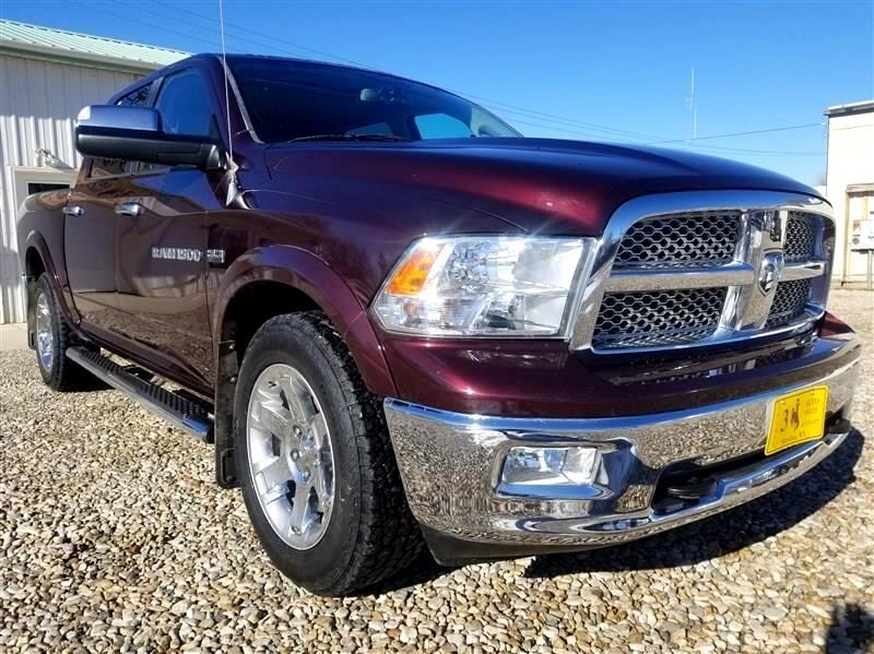 2012 Dodge Ram 1500 4dr Quad Cab 140.5 4WD Laramie
