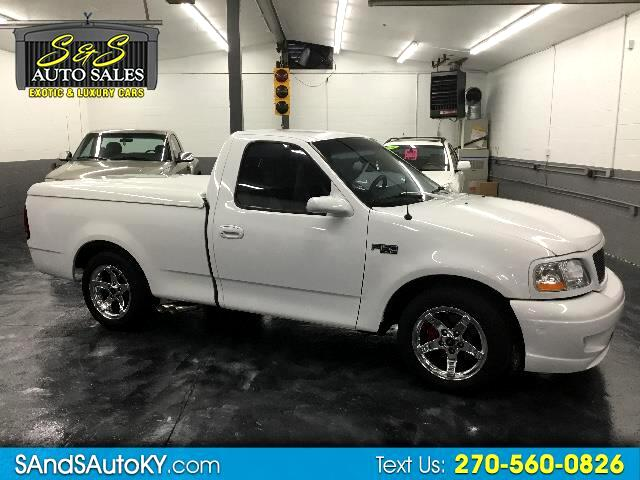 2001 Ford F-150 XL Short Bed 2WD