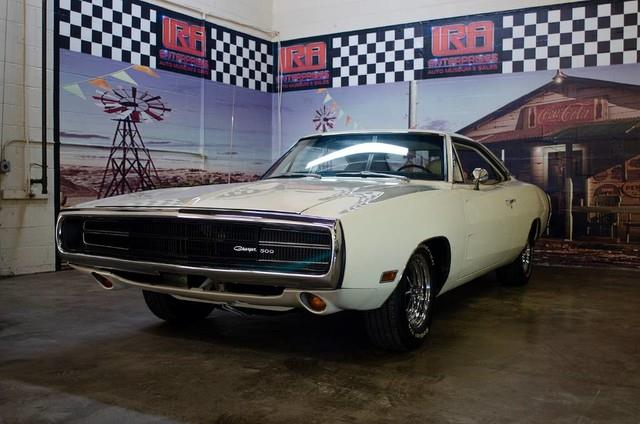 1970 Dodge Charger 11
