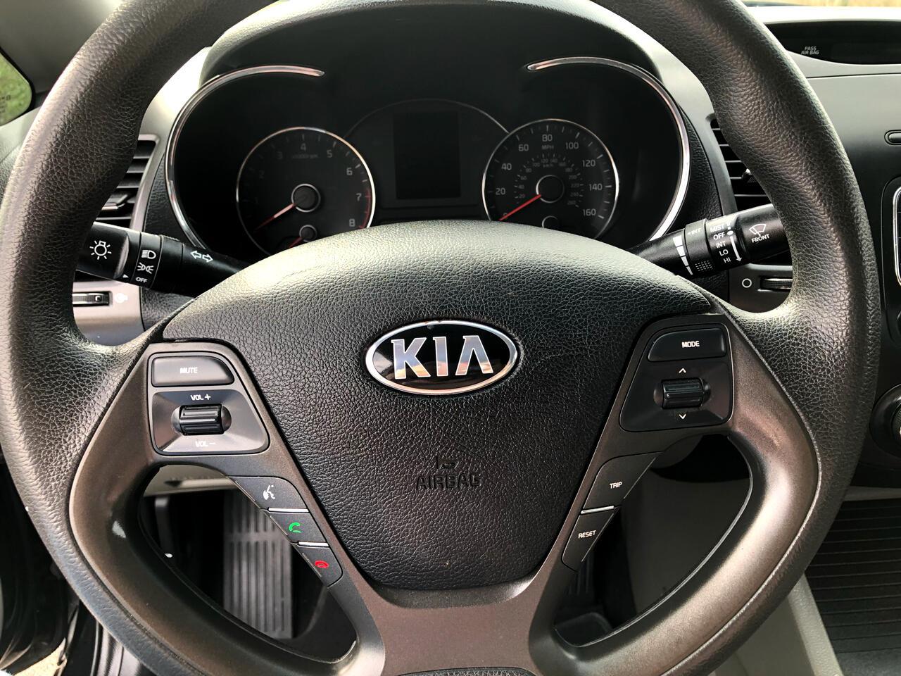 2016 Kia Forte 4dr Sdn Auto LX