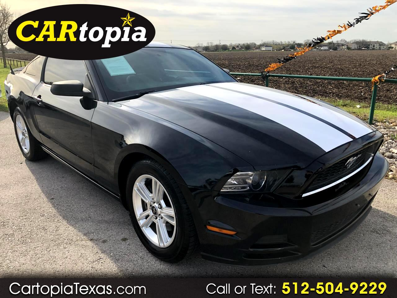 2013 Ford Mustang 2dr Coupe
