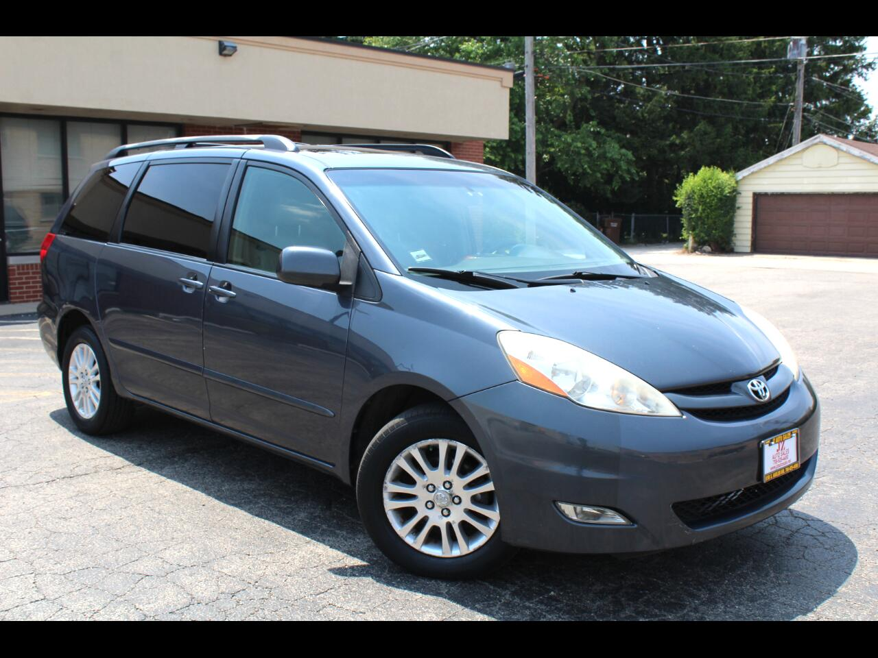 Toyota Sienna 5dr 7-Pass Van XLE Ltd AWD (Natl) 2007