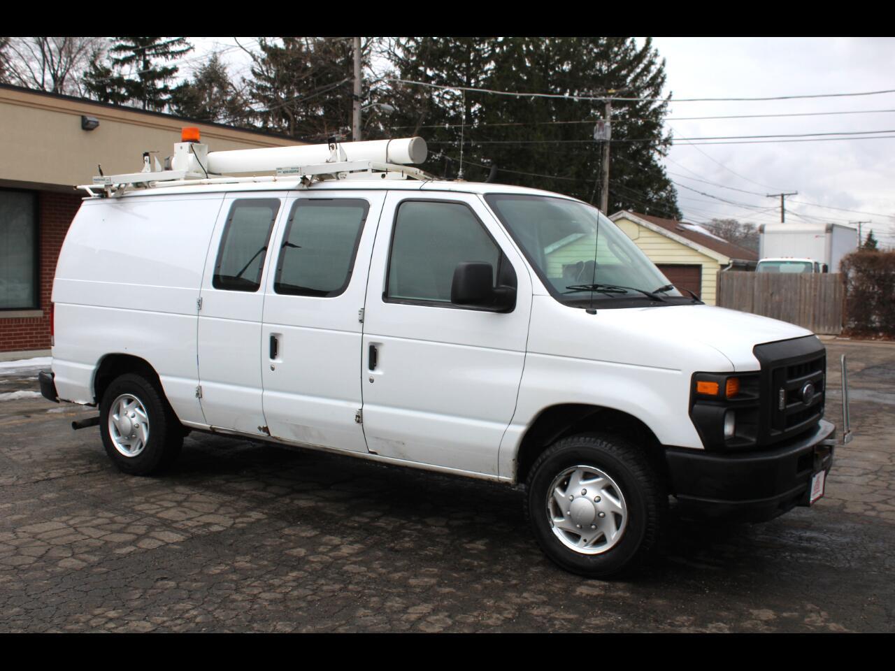 Ford Econoline Cargo Van E-150 Commercial 2011