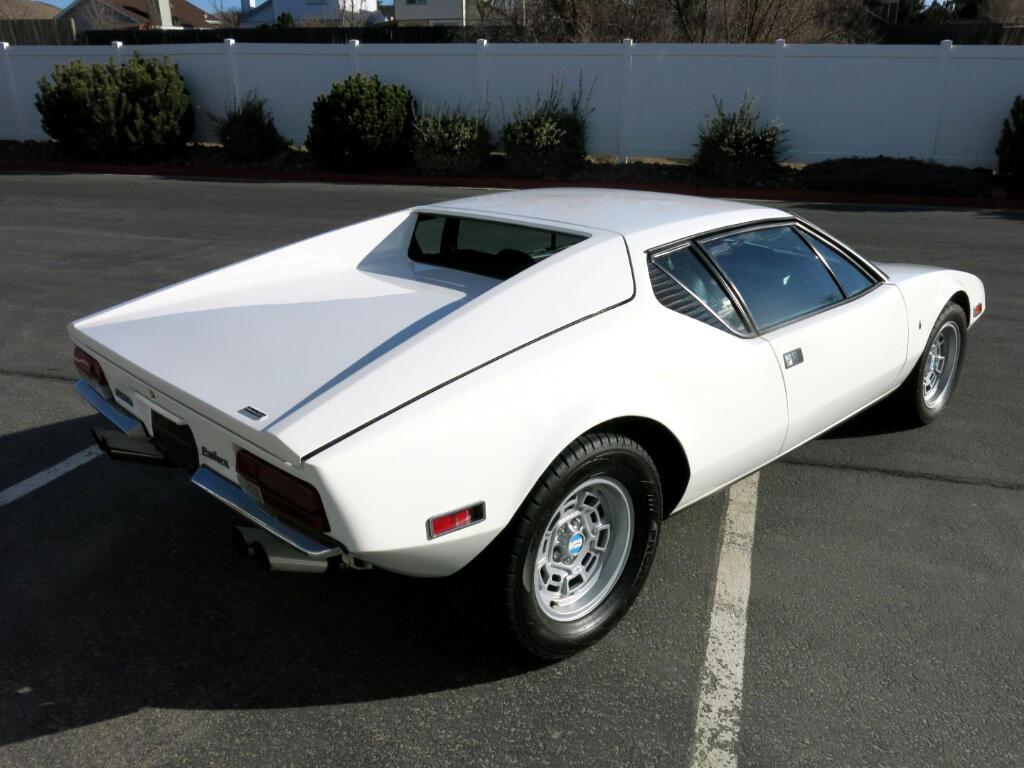 1972 DeTomaso Pantera 2drCoupe