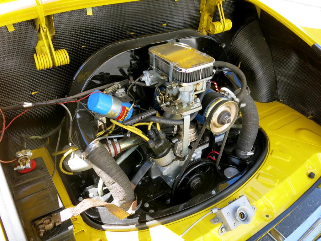 1971 Volkswagen Karmann Ghia Coupe