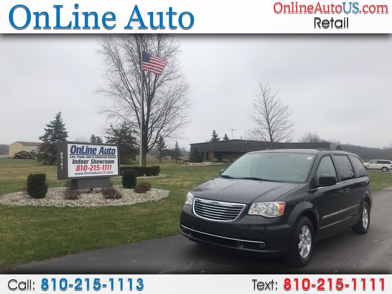 2011 Chrysler Town & Country 7 PASSENGER VAN TOURING