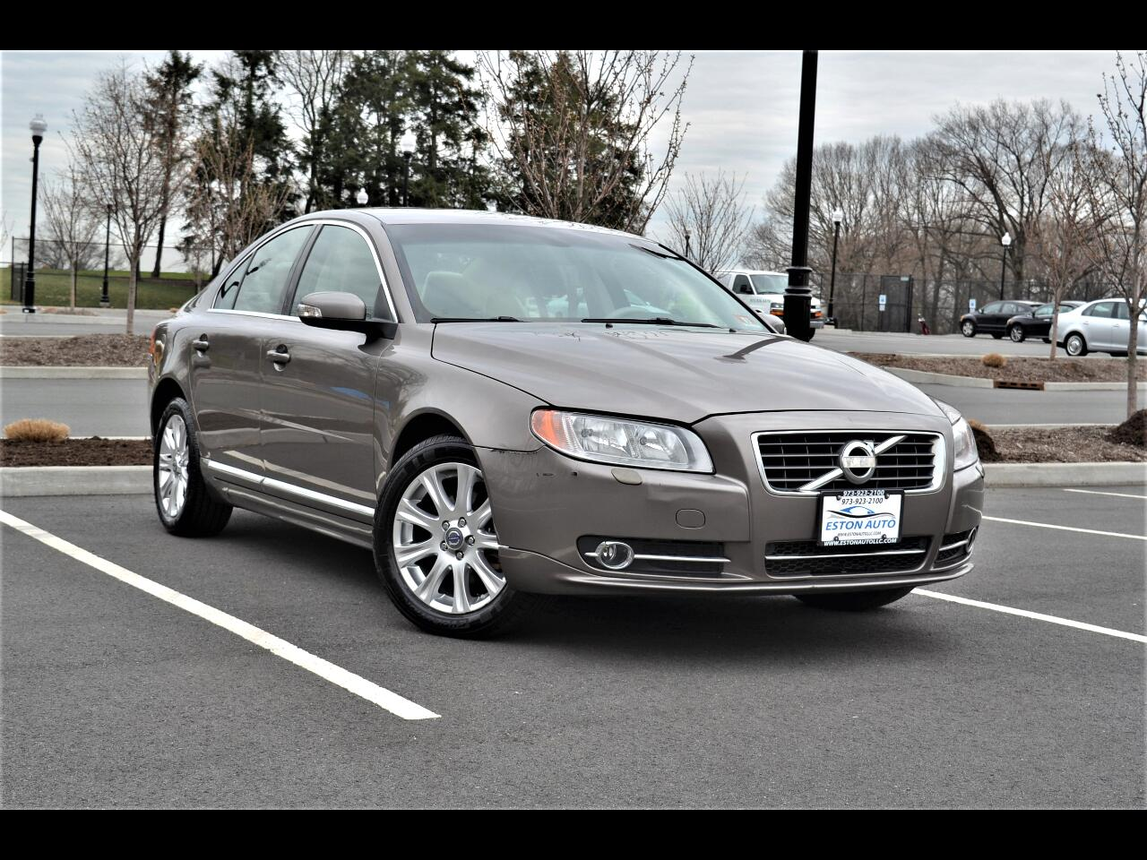 2011 Volvo S80 4dr Sdn 3.2L FWD w/Moonroof