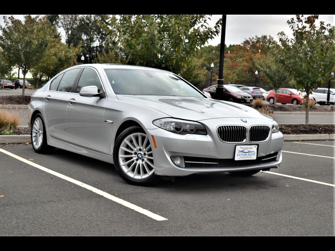 BMW 535i Base 2012