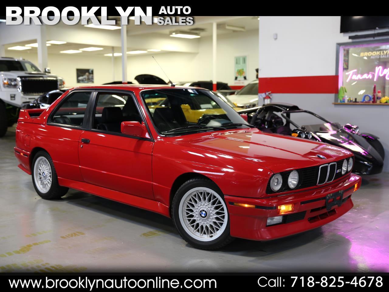BMW M3 Sedan 1990