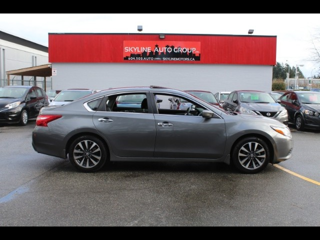 2016 Nissan Altima 2.5SR|Back up cam|Leather| Blue tooth |Heated seat