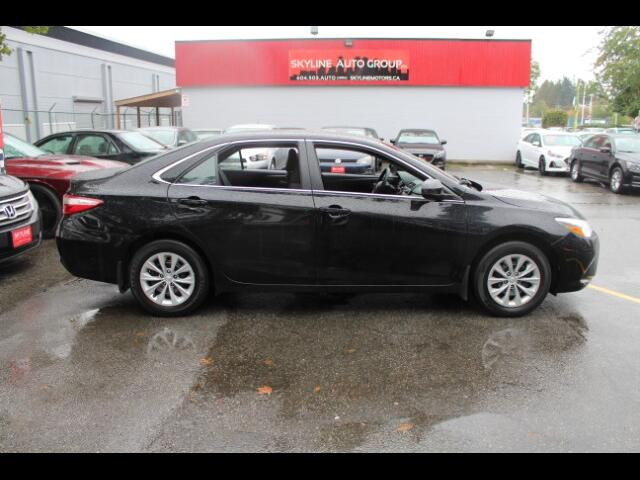 2017 Toyota Camry SE|No Accident|Back up Cam|Bluetooth|Easy Loan