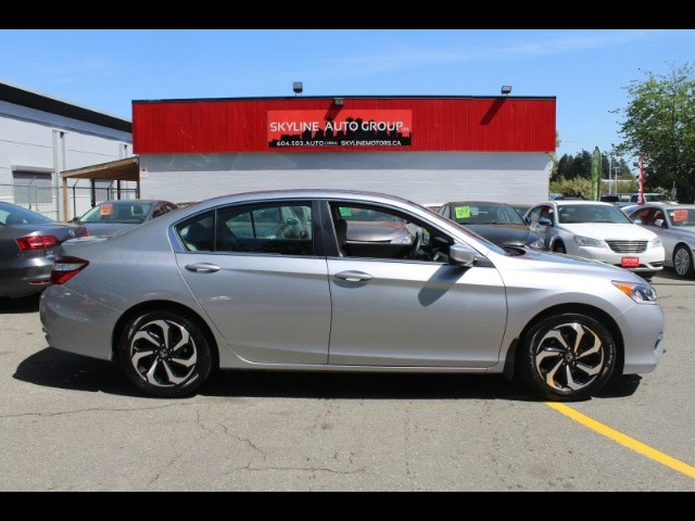 2017 Honda Accord LX Sedan CVT| Sunroof |Back up camera \Bluetooth