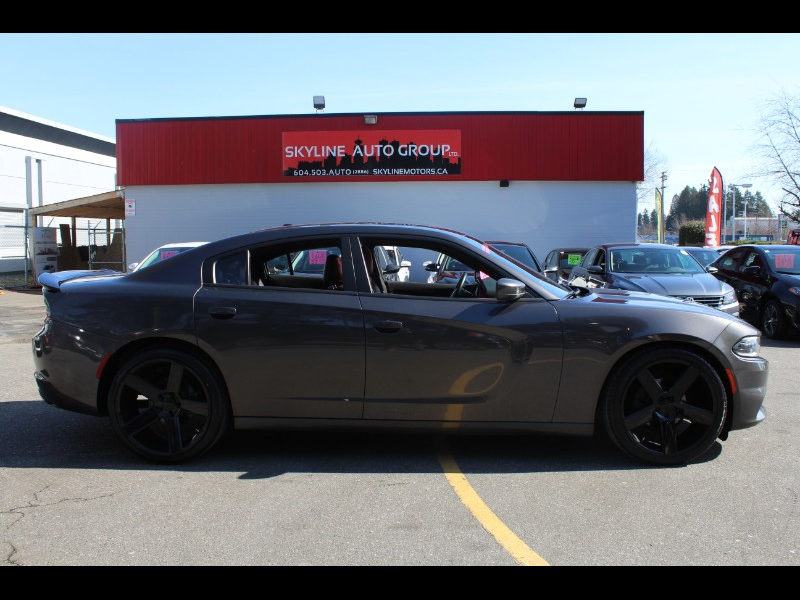2017 Dodge Charger SXT|Leather| Sunroof| Bluetooth|Backup Cam
