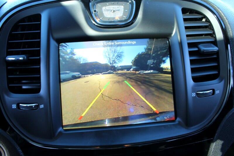 2018 Chrysler 300 S V6|AWD |Backup Cam|Easy Financing| BC Vehicle