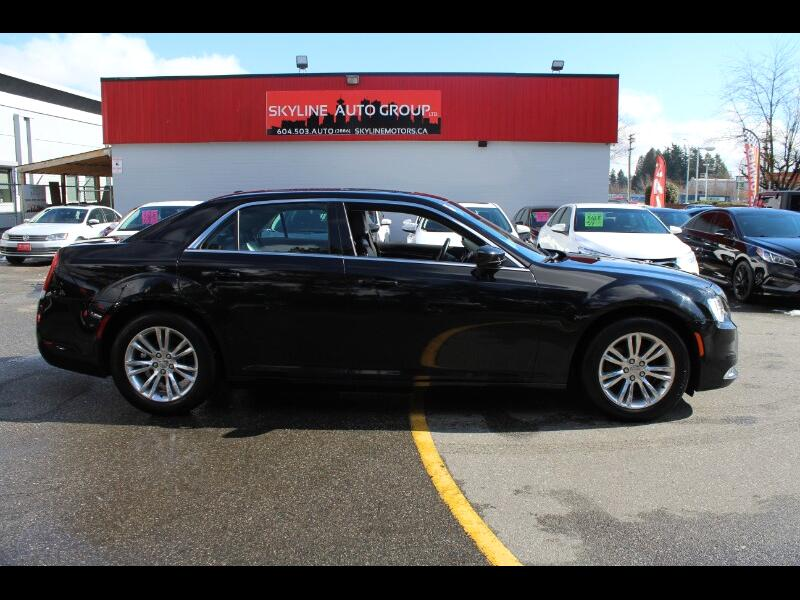 2017 Chrysler 300 Limited |RWD |No Accident \Easy Financing