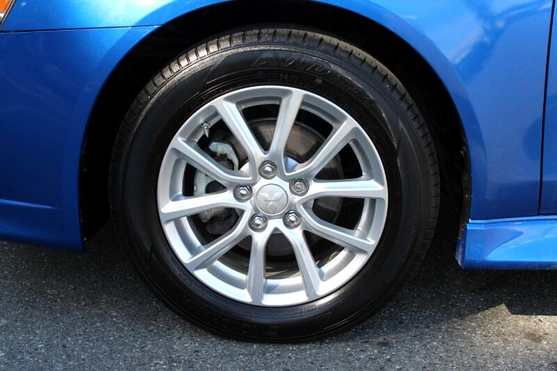 2015 Mitsubishi Lancer ES CVT 4dr Man| No Accident Easy Finance