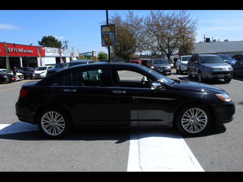 2013 Chrysler 200 Limited| Leather Interior| Sunroof| BC Car