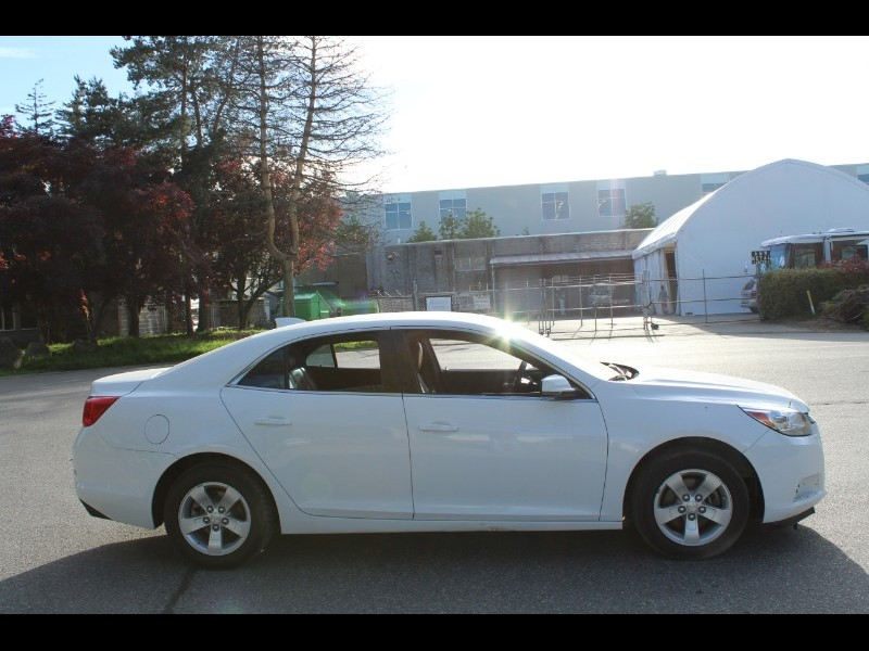 2016 Chevrolet Malibu Limited 1LT| Leather+Cloth Interior| No Accidents
