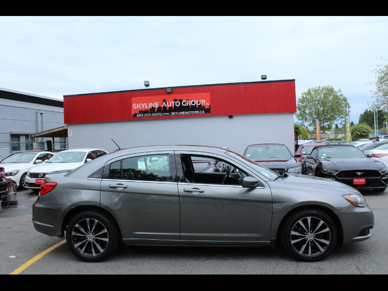 2012 Chrysler 200 S| V6 Engine Leather Interior| BC Vehicle