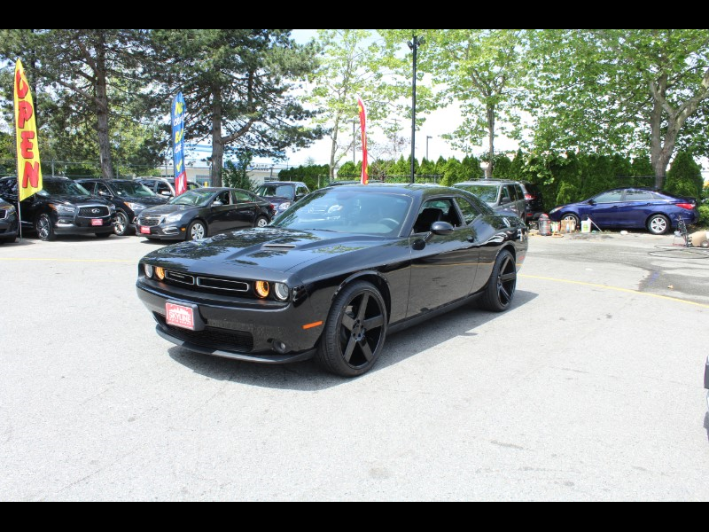 2018 Dodge Challenger SXT  Fully Loaded  BC Car  No Accidents