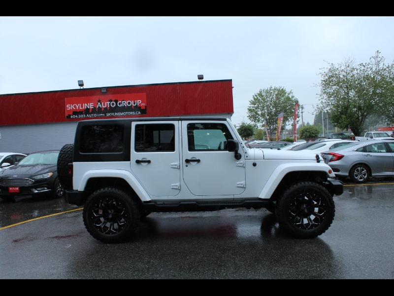 2018 Jeep Wrangler JK Unlimited Sahara 4WD| Aftermarket Add-Ons| Low Kms