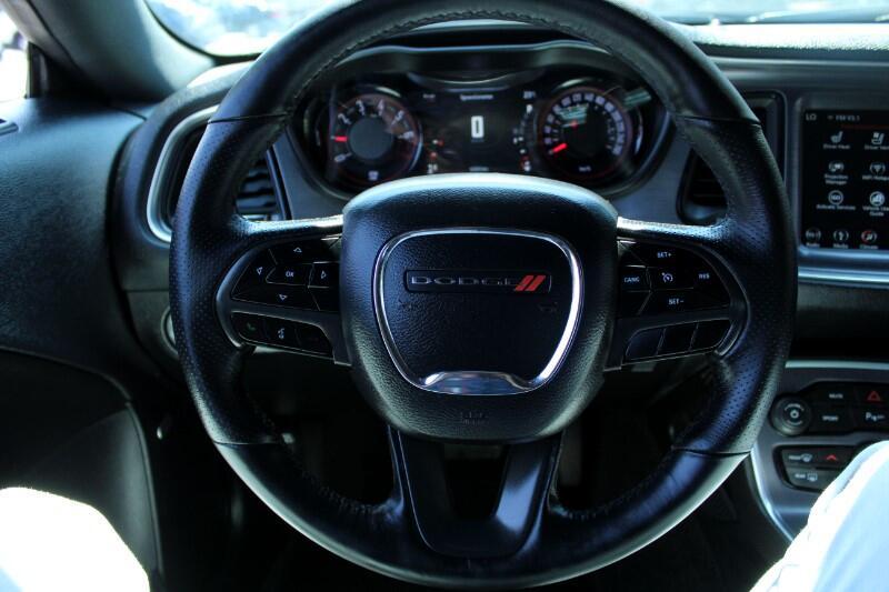 2018 Dodge Challenger SXT RWD  Leather  Nav  Sunroof  BC Vehicle