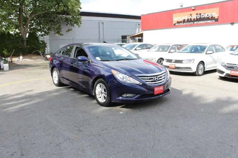 2013 Hyundai Sonata GLS| Sunroof| BC Car| No Accidents