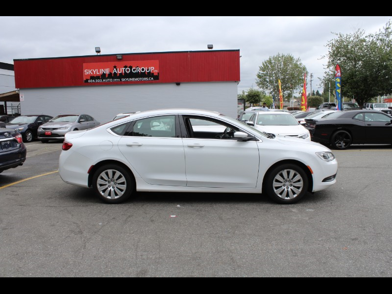 2016 Chrysler 200 LX| Uconnect| BC Car| No Accidents