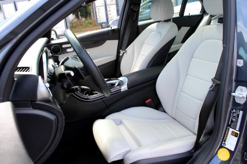 2016 Mercedes-Benz C-Class C300 Sport 4MATIC| AMG Interior Pkg| Pano Roof