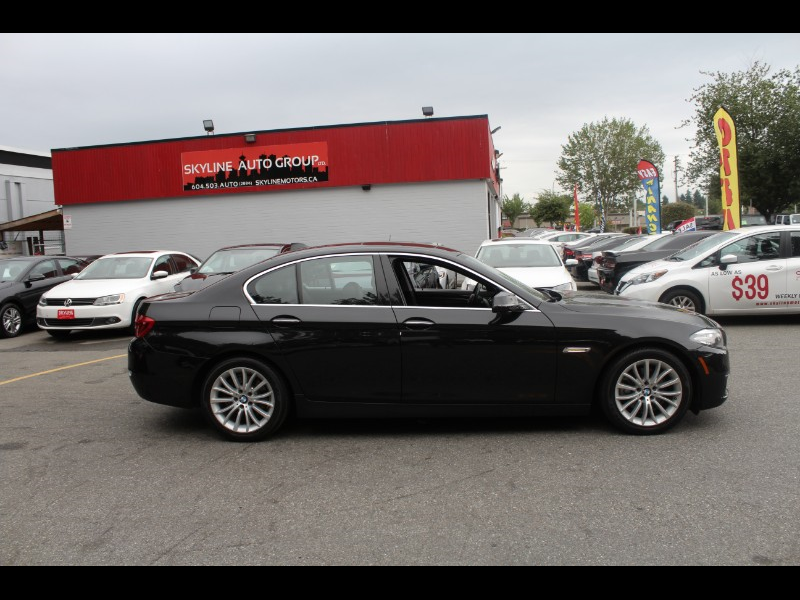2015 BMW 5-Series 528i xDrive| Back-Up Cam| Moonroof| BC Car