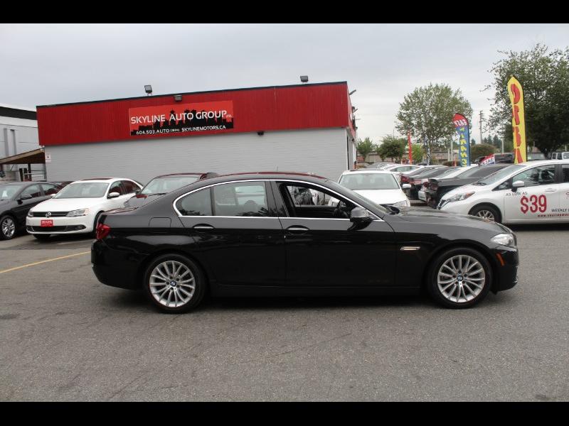 2015 BMW 5-Series 528i xDrive| Back-Up Cam| Moonroof| BC Car