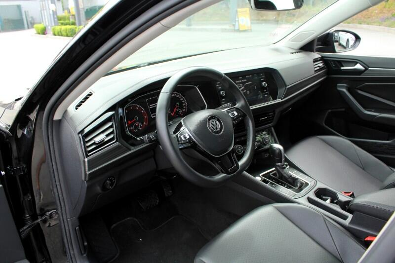 2019 Volkswagen Jetta Highline 8A| Moonroof| Leather| BC Car