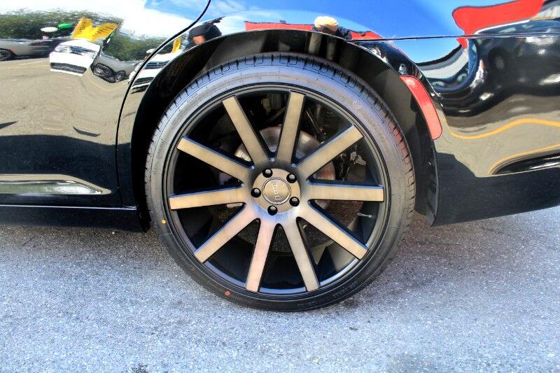 2017 Chrysler 300 S V6 RWD| Panoramic Sunroof| Fully Loaded