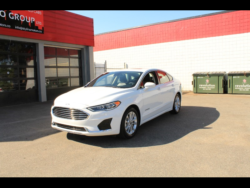 2019 Ford Fusion Hybrid SEL| Leather Interior| Sunroof| Run Low Kms