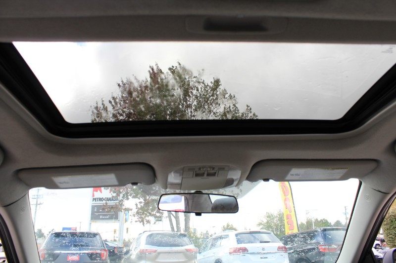 2013 Toyota Corolla L 4-Speed AT| Sunroof| Star Safety System