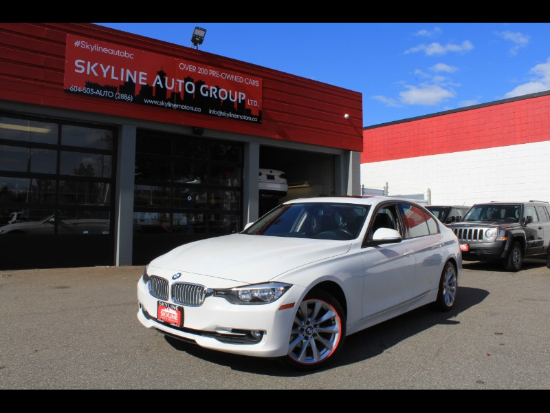 2013 BMW 3-Series 320i xDrive| Leather| Sunroof| Crash Sensor