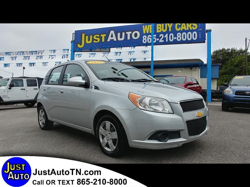 2011 Chevrolet Aveo 5dr HB LT w/1LT