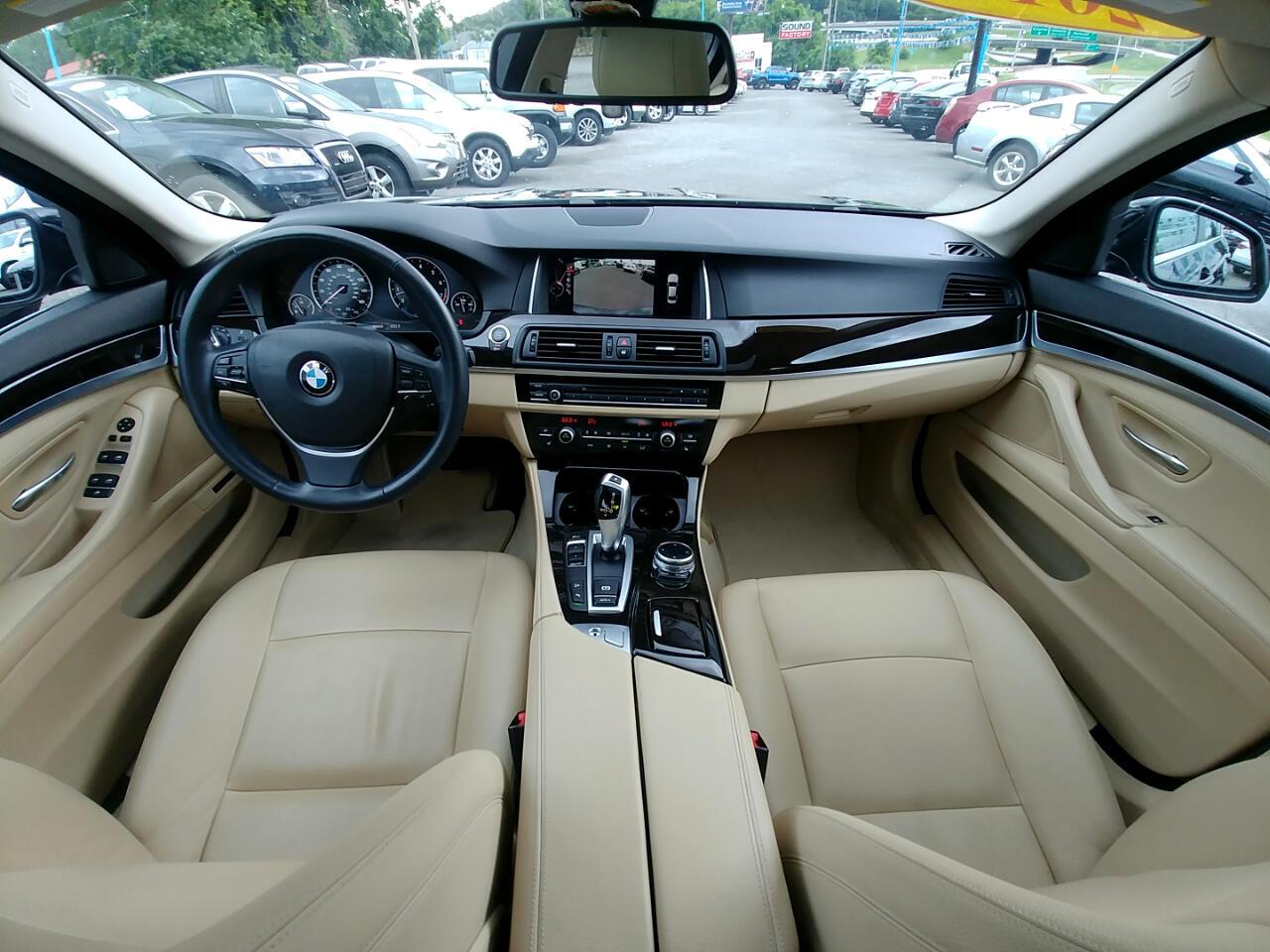 BMW 5 Series 4dr Sdn 535i xDrive AWD 2015