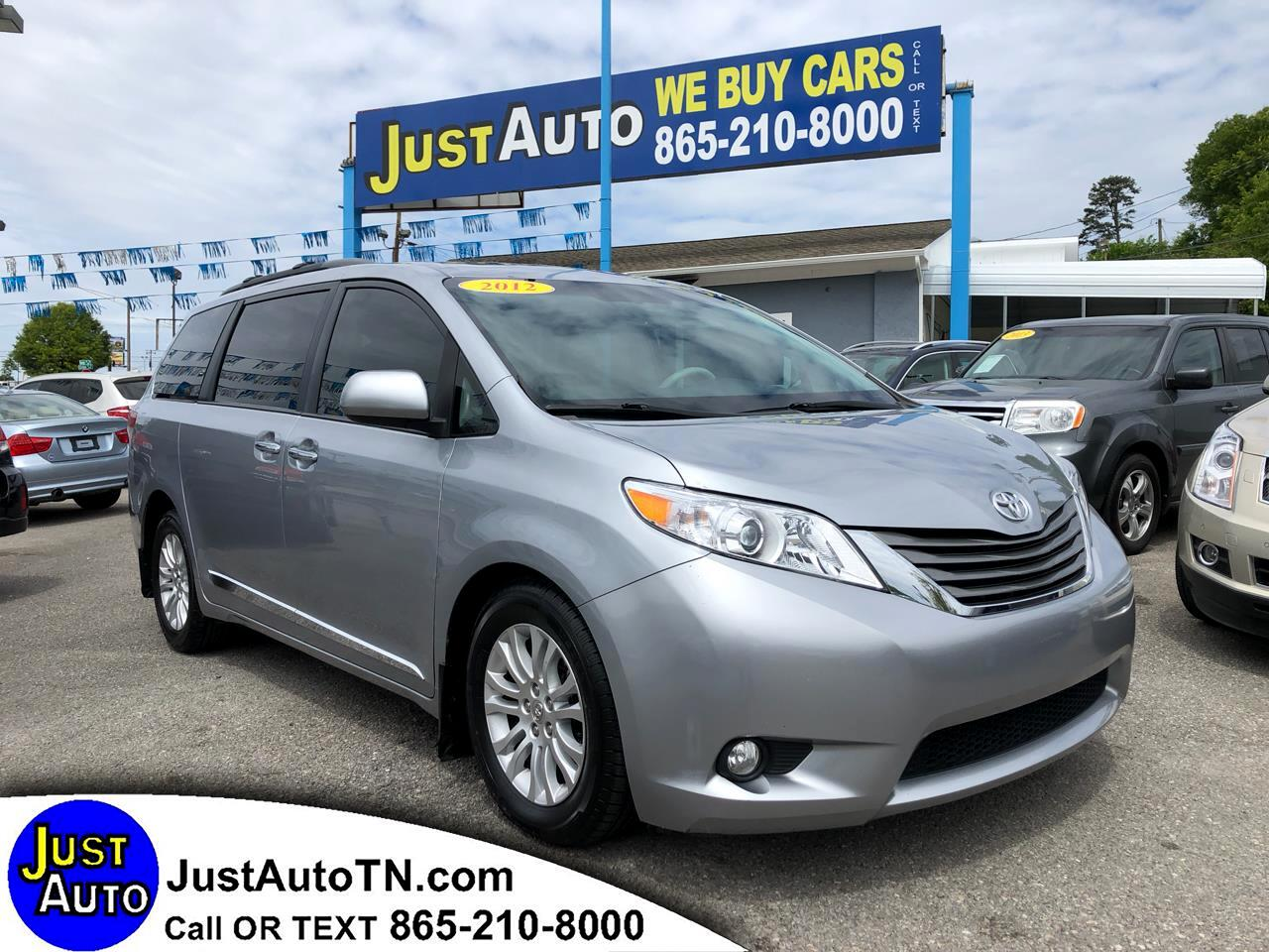 Toyota Sienna 5dr 7-Pass Van V6 XLE AAS FWD (Natl) 2012