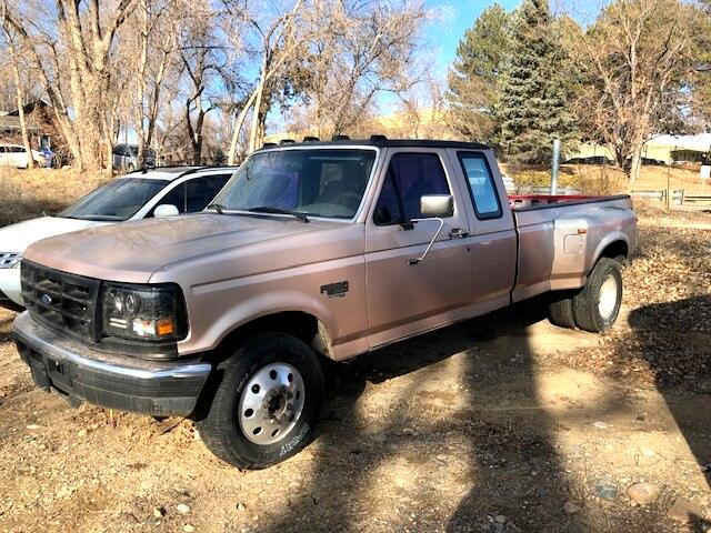 1996 Ford F-350 XL SuperCab DRW 2WD