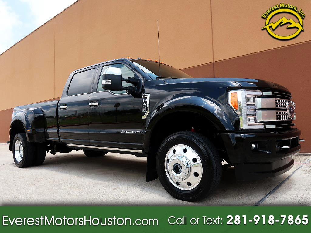 2017 Ford Super Duty F-450 DRW Platinum 4WD Crew Cab 8' Box