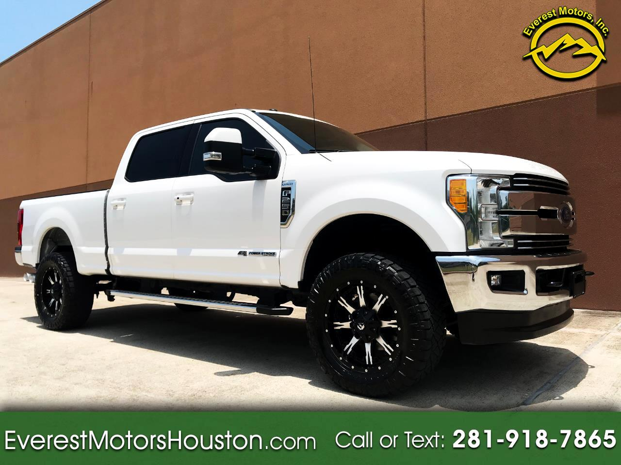 2017 Ford F-250 SD LARIAT VREW CAB SHORT BED 4WD NAV CAM ROOF