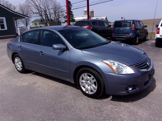 2011 Nissan Altima BASE