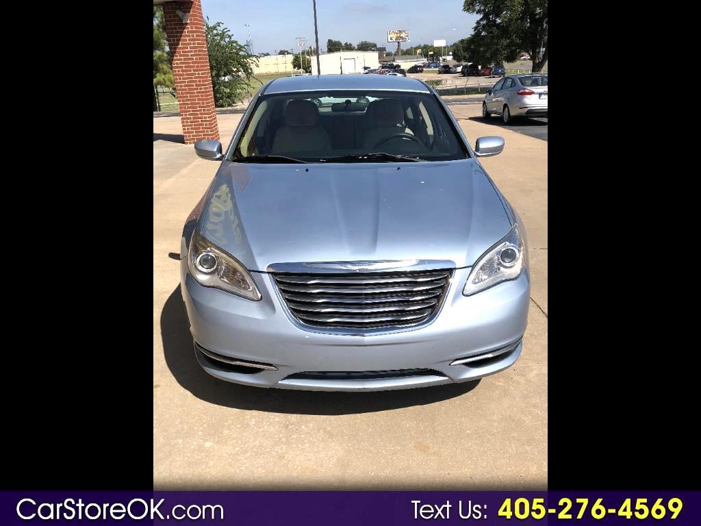 2014 Chrysler 200 4dr Sdn LX