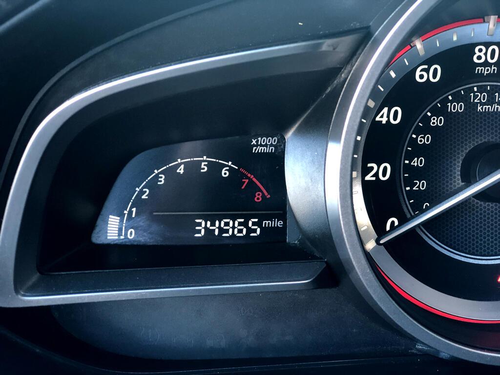 2015 Mazda MAZDA3 4dr Sdn Man i Sport
