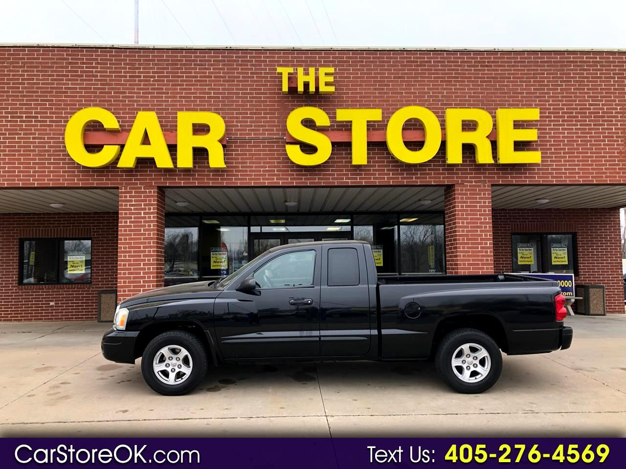 "2005 Dodge Dakota 2dr Club Cab 131"" WB SLT"